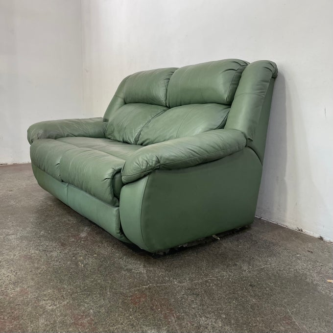 Image of MINT GREEN LEATHER LOUNGE