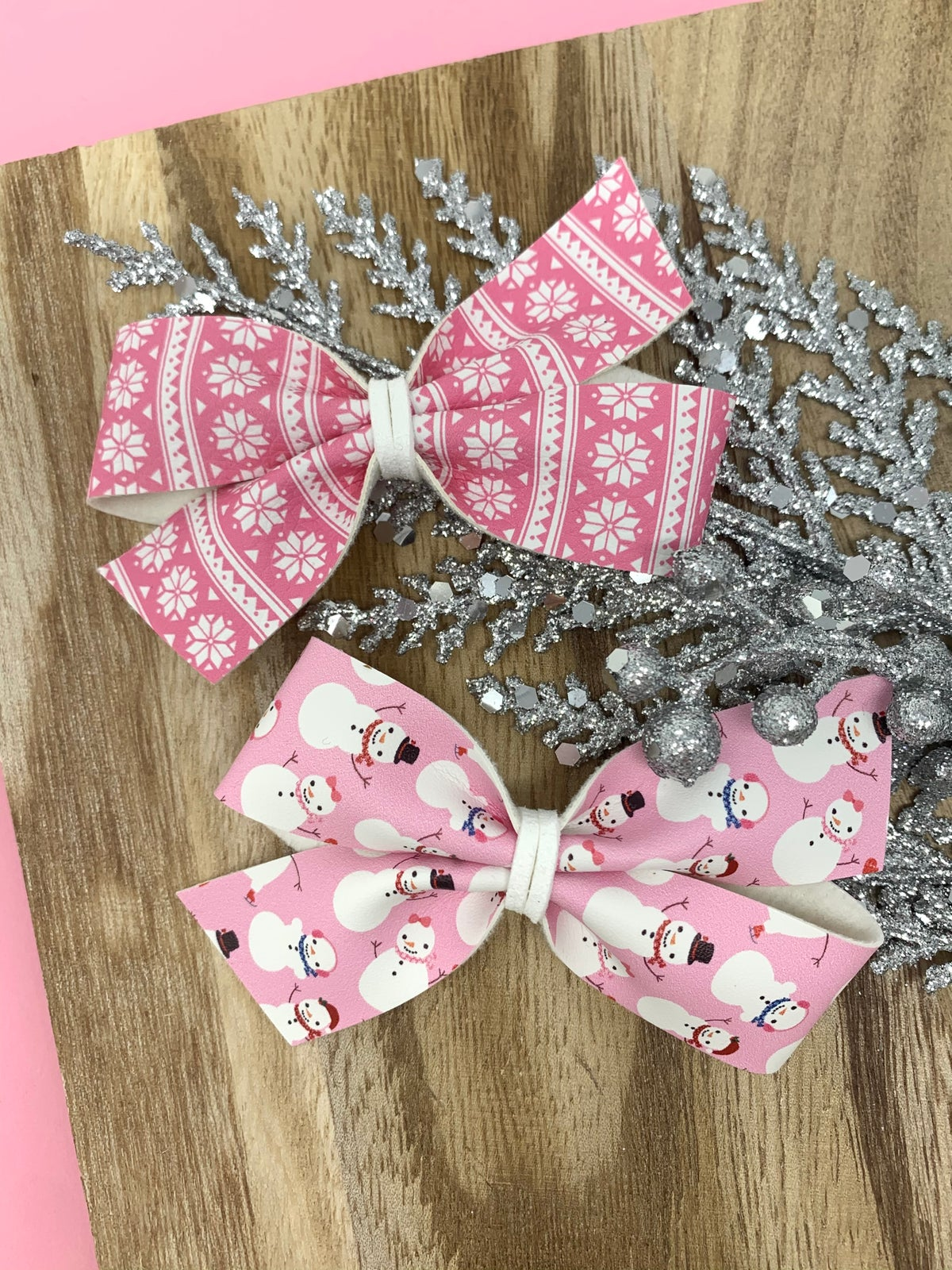 Image of Frosty The Snowman Lily Bows (Sold Separately)