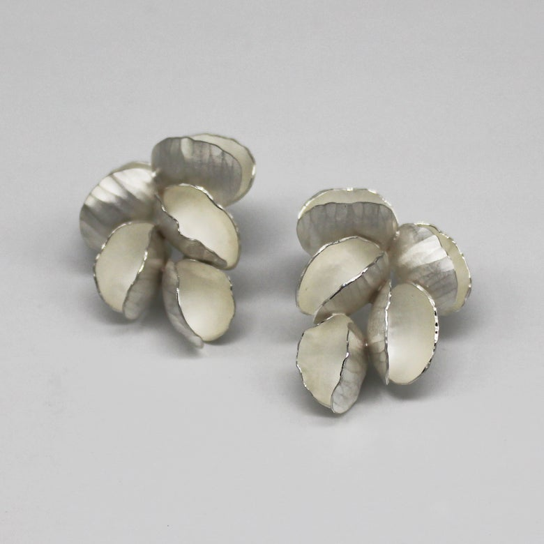 Image of blossom 5 elements earrings