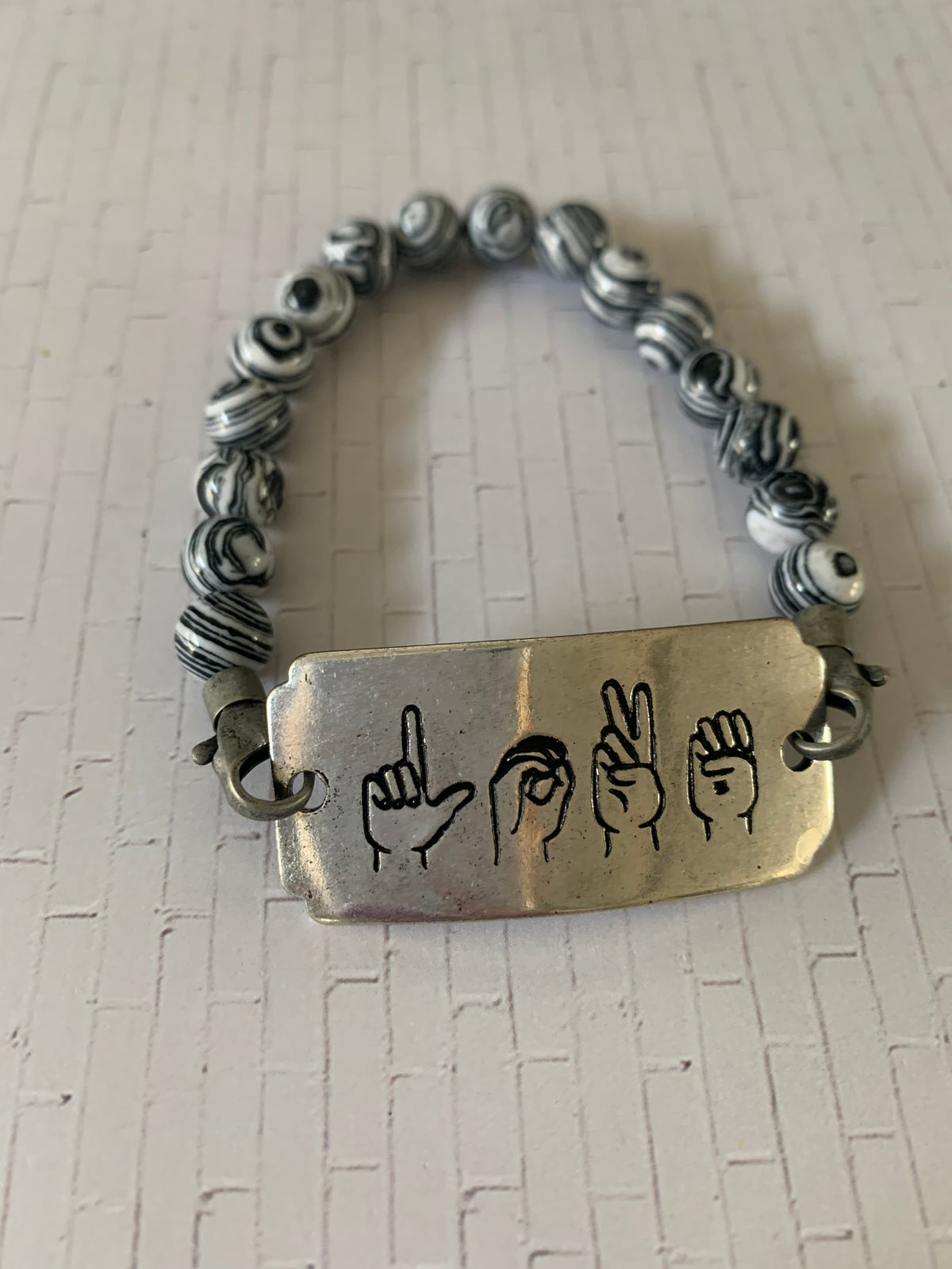 Image of ASL - Love needs no words collection