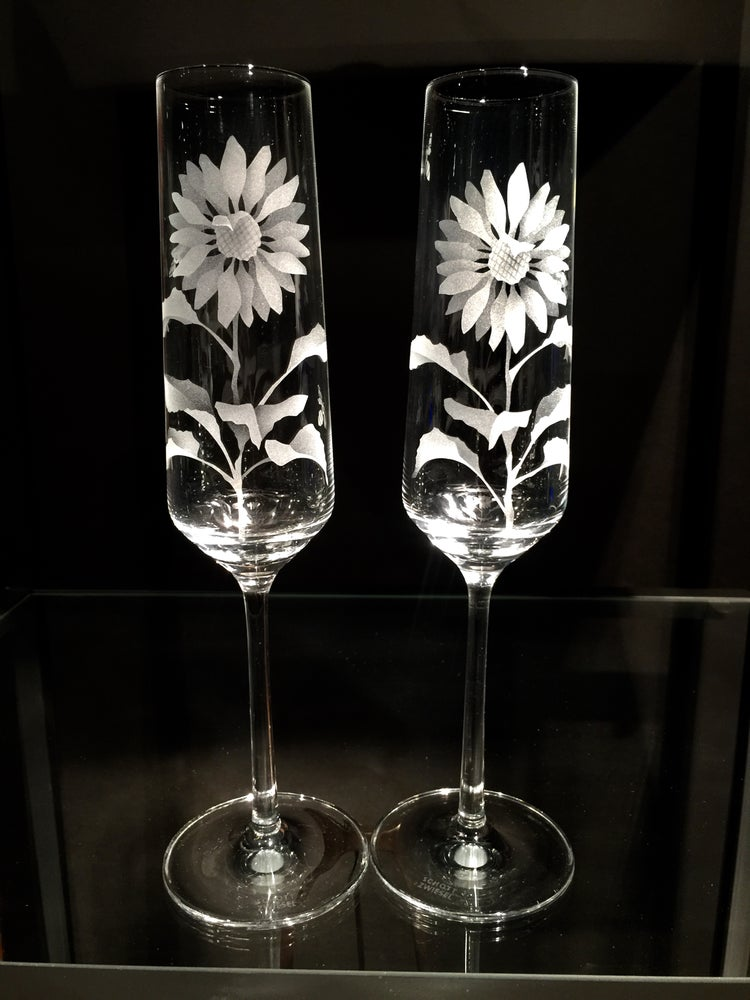 Image of Sunflower Champagne Flutes