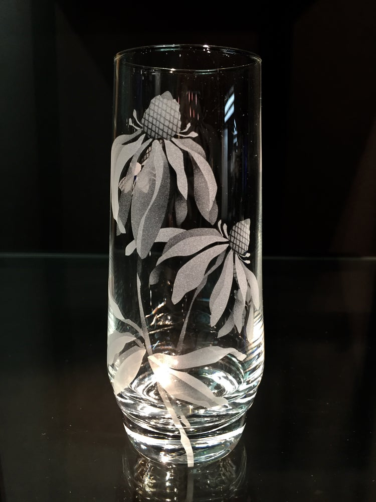 Image of Coneflower Stemless Champagne Glasses
