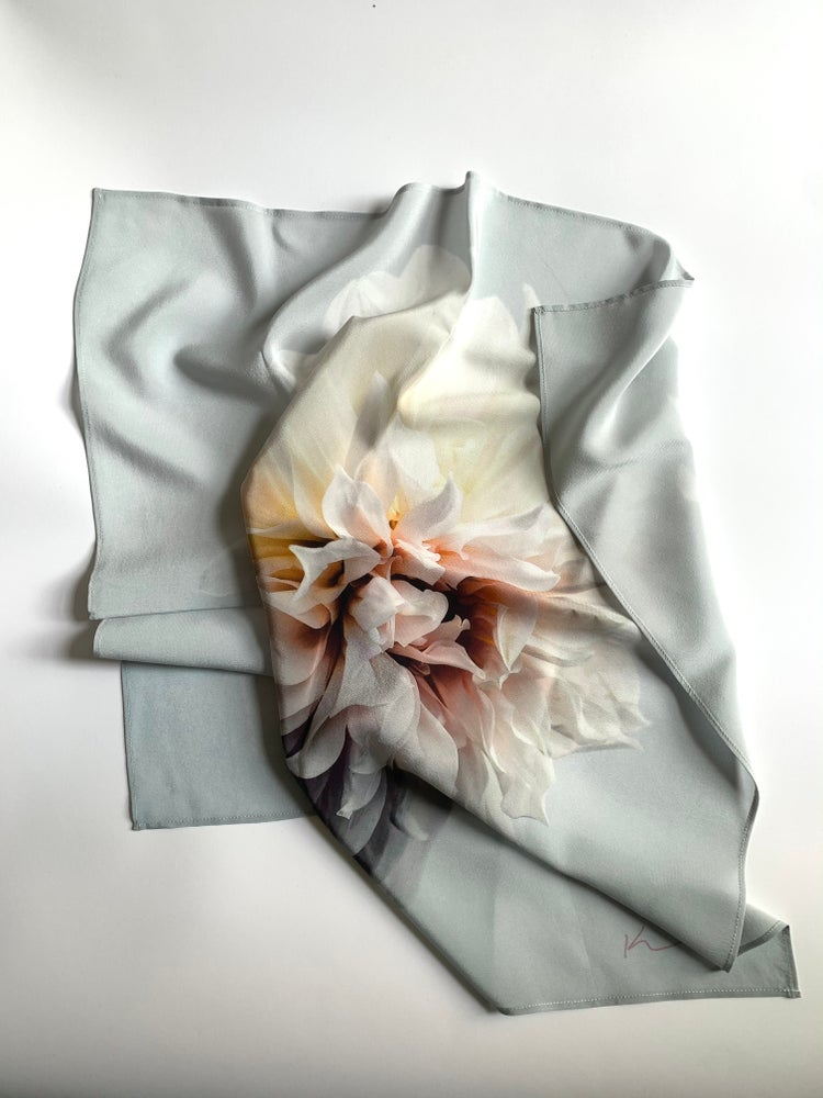 Image of The Inez scarf