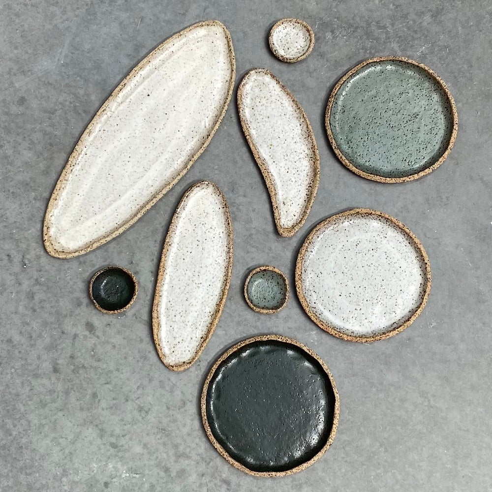 Image of Speckled long platters