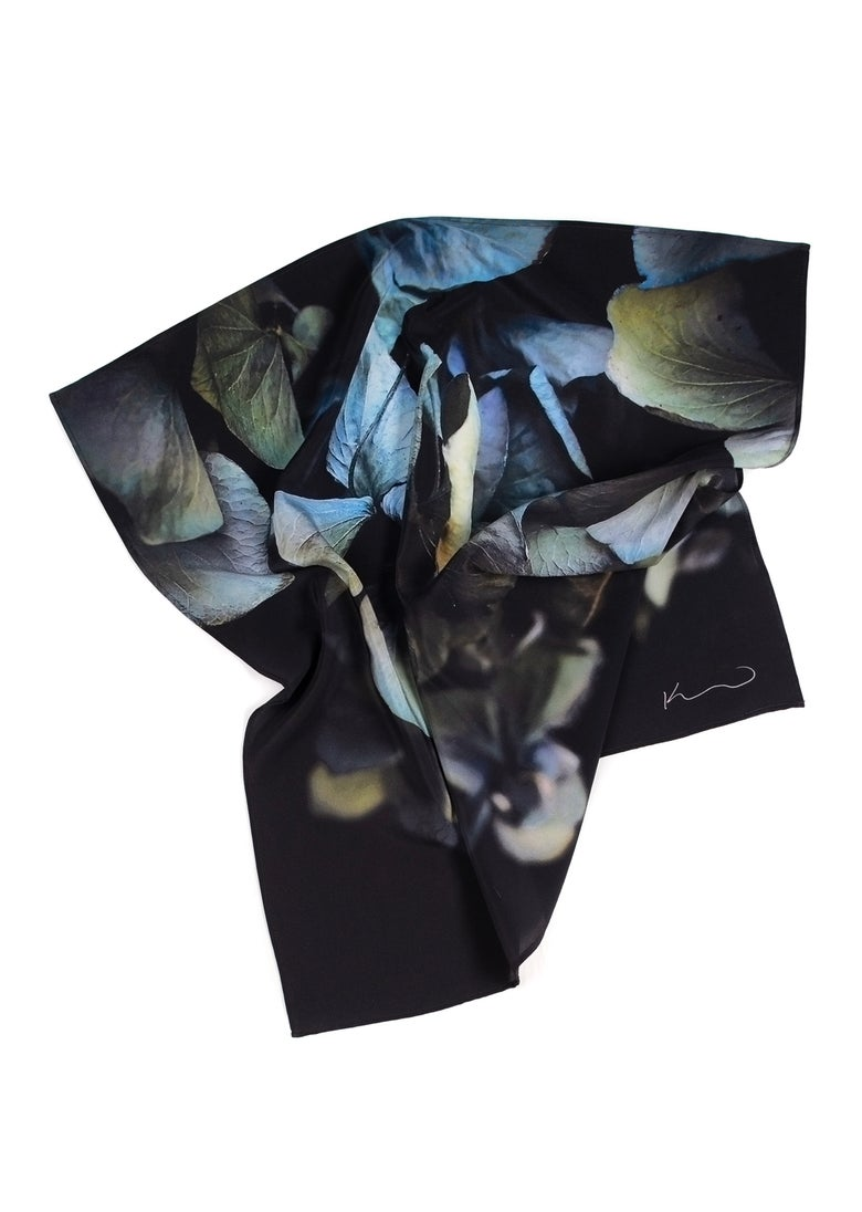 Image of The blue hydrangea scarf
