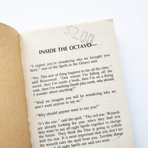 SIGNED Terry Pratchett - The Light Fantastic - 1st American Paperback Edition