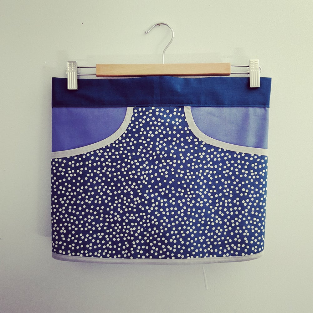 Image of Foraging Apron - Teal Spot