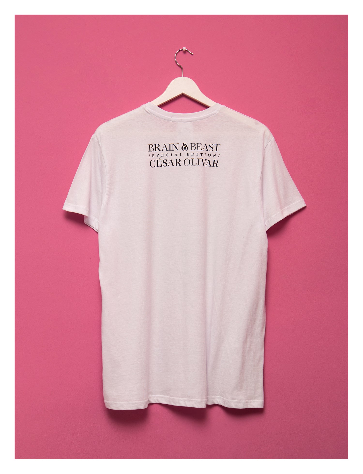 Image of / WHITE CLASSIC LOGO T-SHIRT / CUSTOM! _ PRINT YOUR NAME AT THE BACK! /