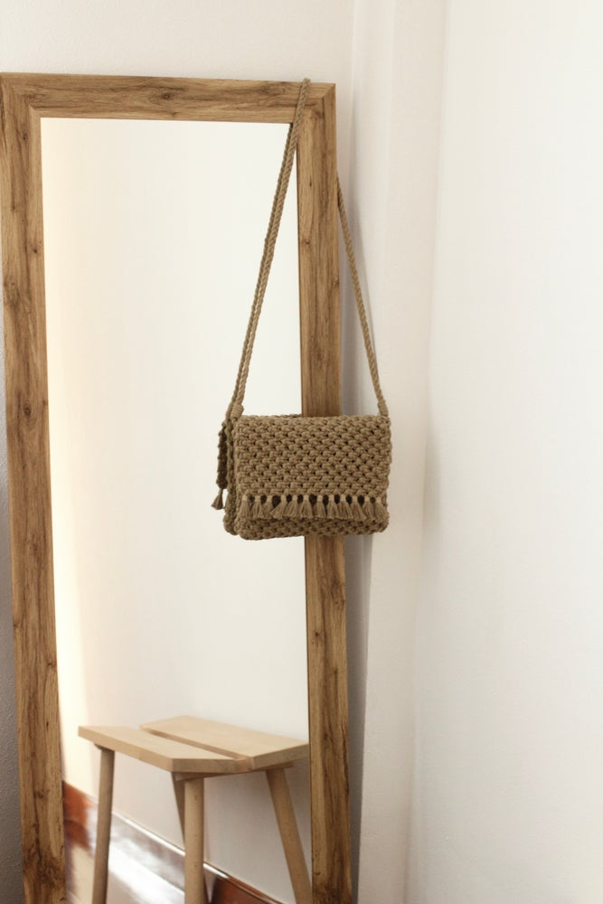 Image of Taupe bag