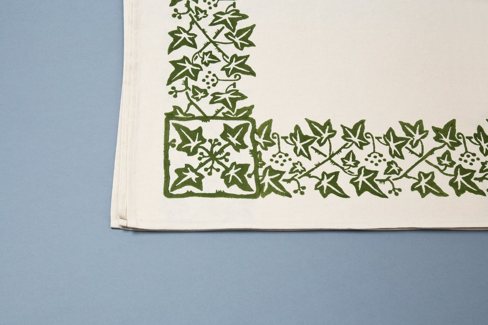 Image of TOVAGLIA ROMAGNOLA STAMPATA A MANO EDERA / IVY HAND PRINTED TABLE CLOTH