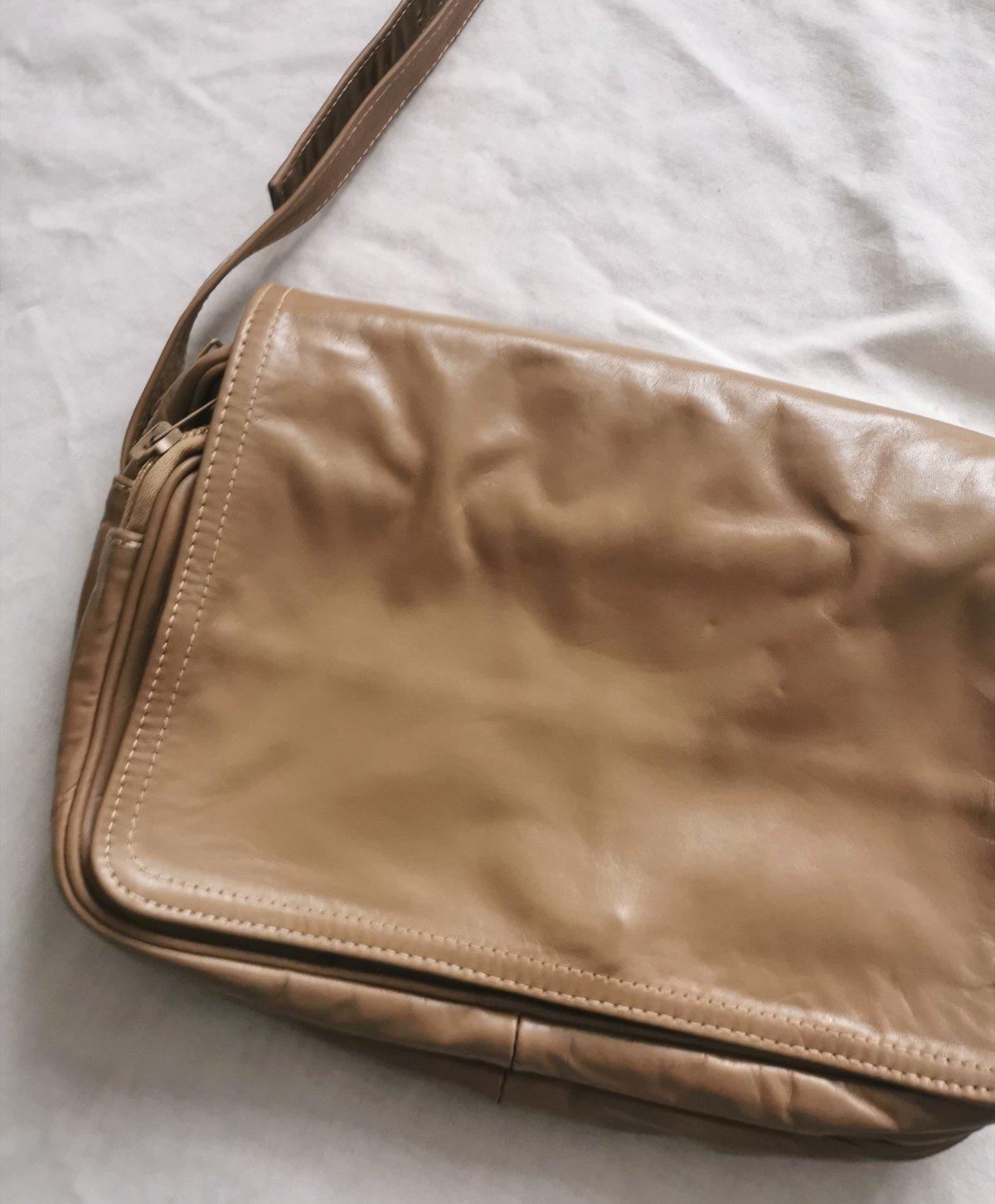 Image of a nineties bag