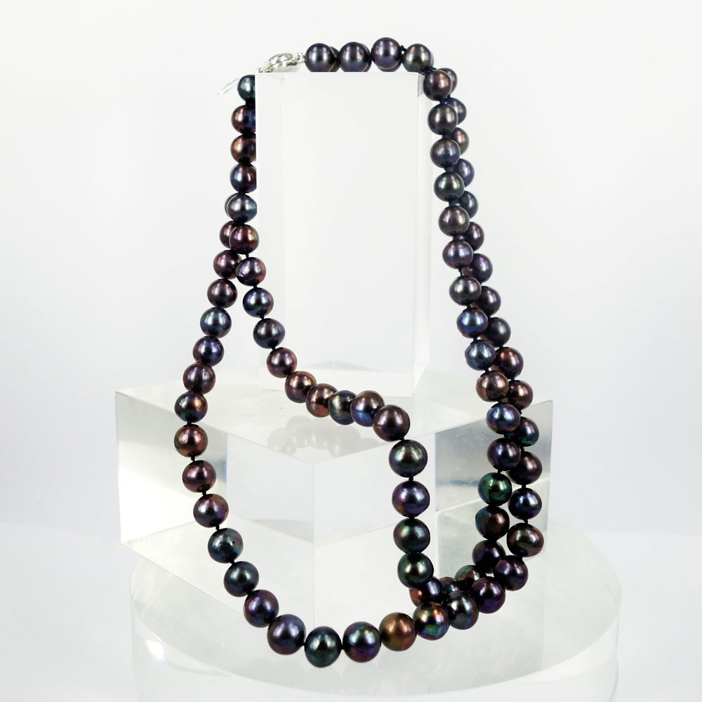 Image of Double strand dark natural freshwater pearls. Cp0992