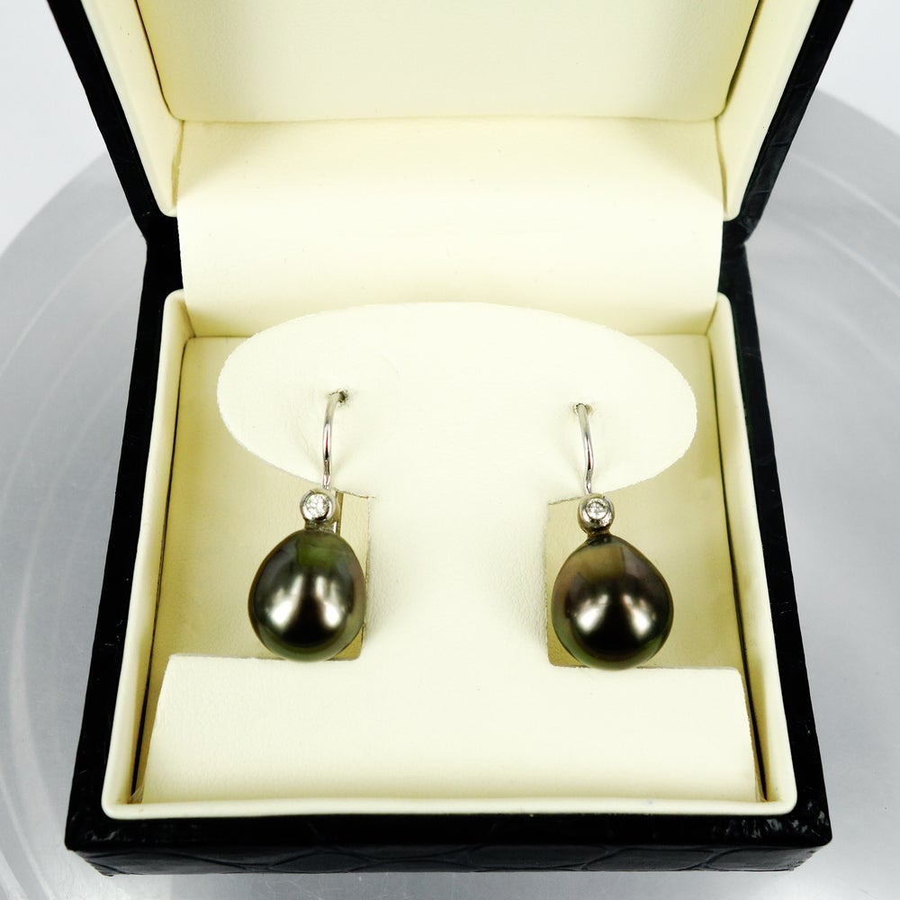 Image of 18ct white gold Tahitian Pearl & Diamond drop earrings. E1