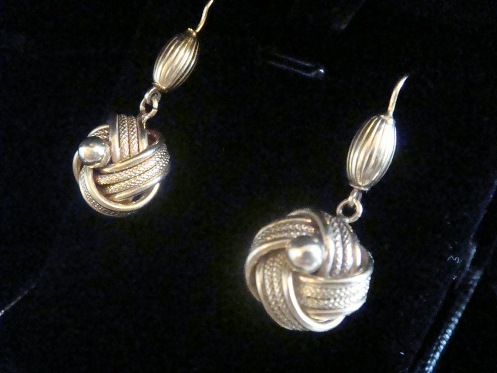 Image of VICTORIAN 9CT LOVELY KNOT EARRINGS PRISTINE CONDITION