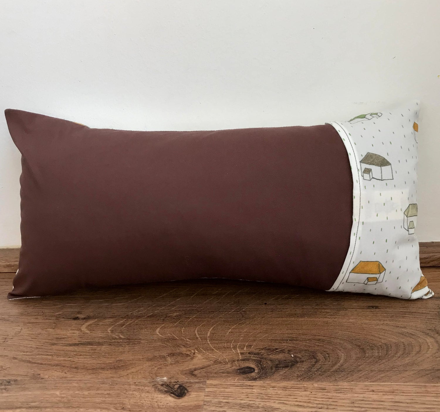 Image of Confinement pillow.