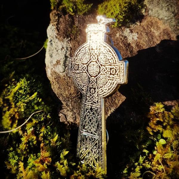 "Image of ""Blackbird Cross"" Enamel Pin"