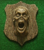 "Image of ""Screamer"" Zombie trophy"