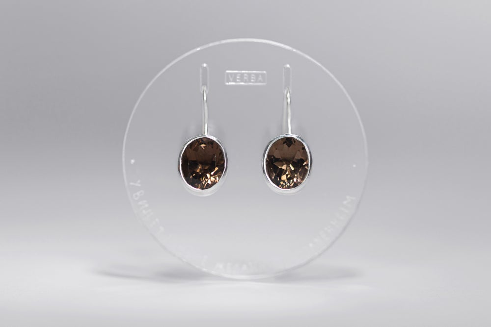 "Image of ""Stellar navigation"" silver earrings with smoky quartz · STELLAE AURIGANTES ·"