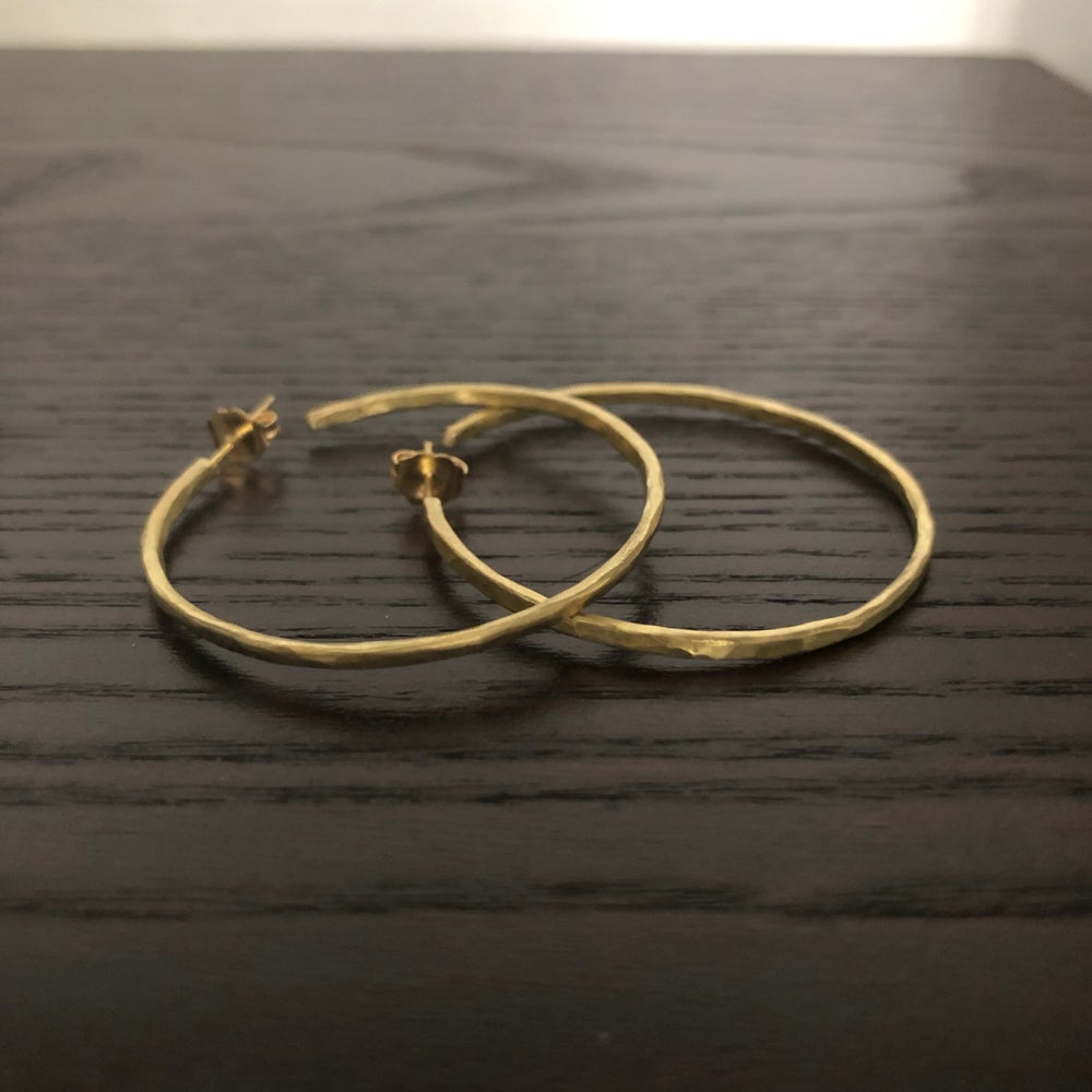 Image of Big Hammered 18K Gold Hoops