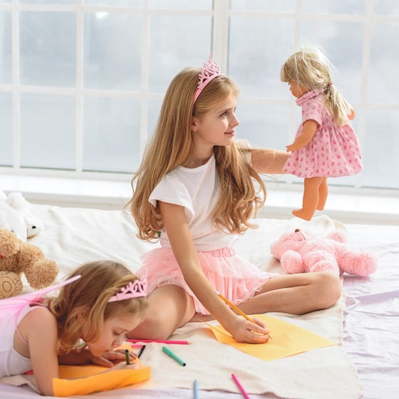 Image of Virtual American Girl Fashion Fun Workshop on Zoom (7-13+)
