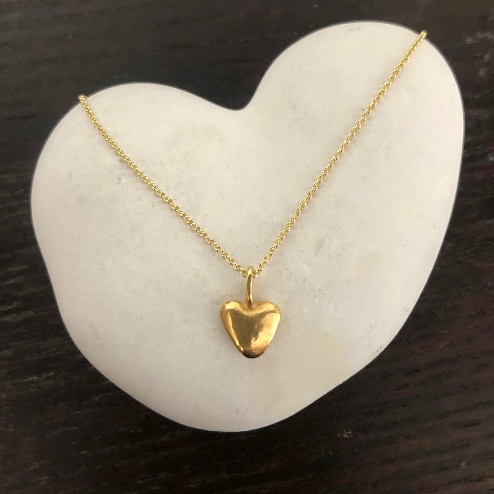 """Image of 18K Little Goofy Heart on a 20"""" Chain with Toggle"""