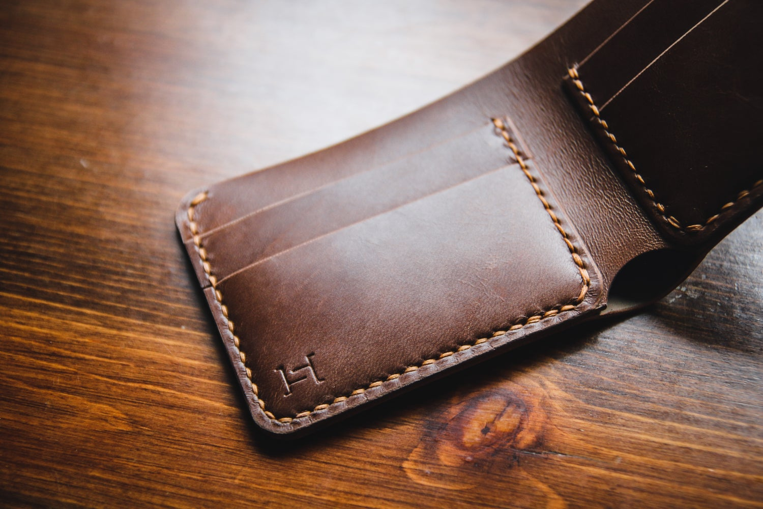 Image of Traditional Bifold in Horween Marbled Black Shell Cordovan and Natural Chromexcel