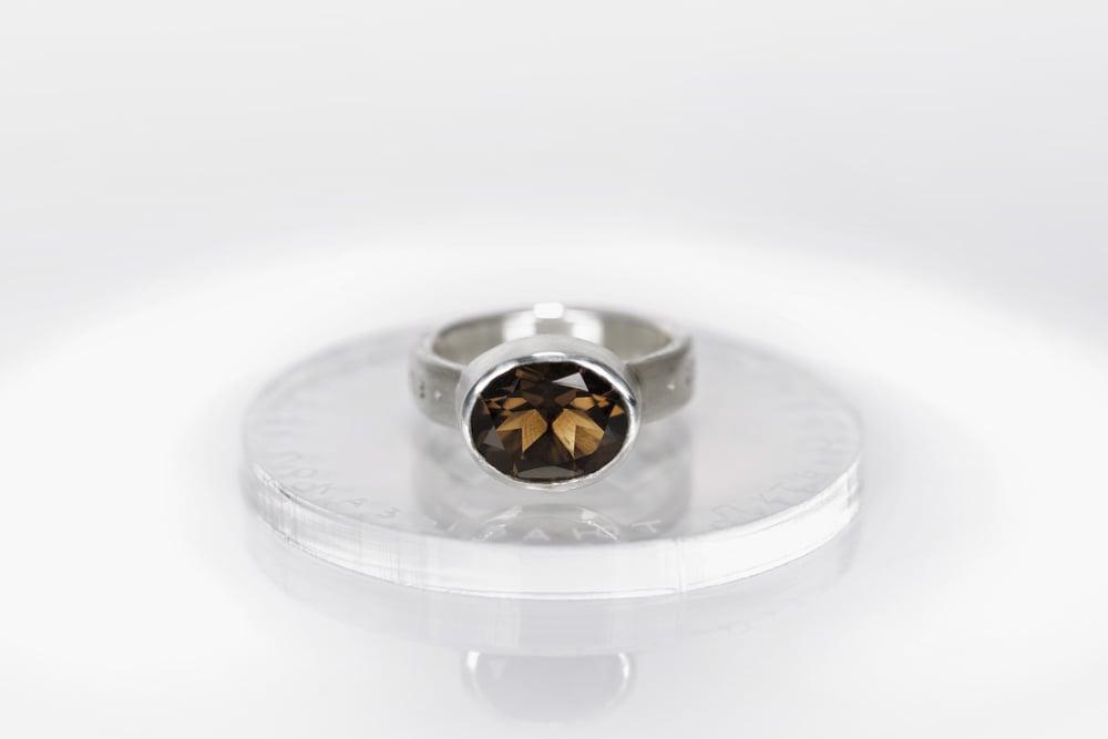 "Image of ""Stars are showing..."" silver ring with smoky quartz · STELLAE MONSTRANT VIAM NAUTIS ·"