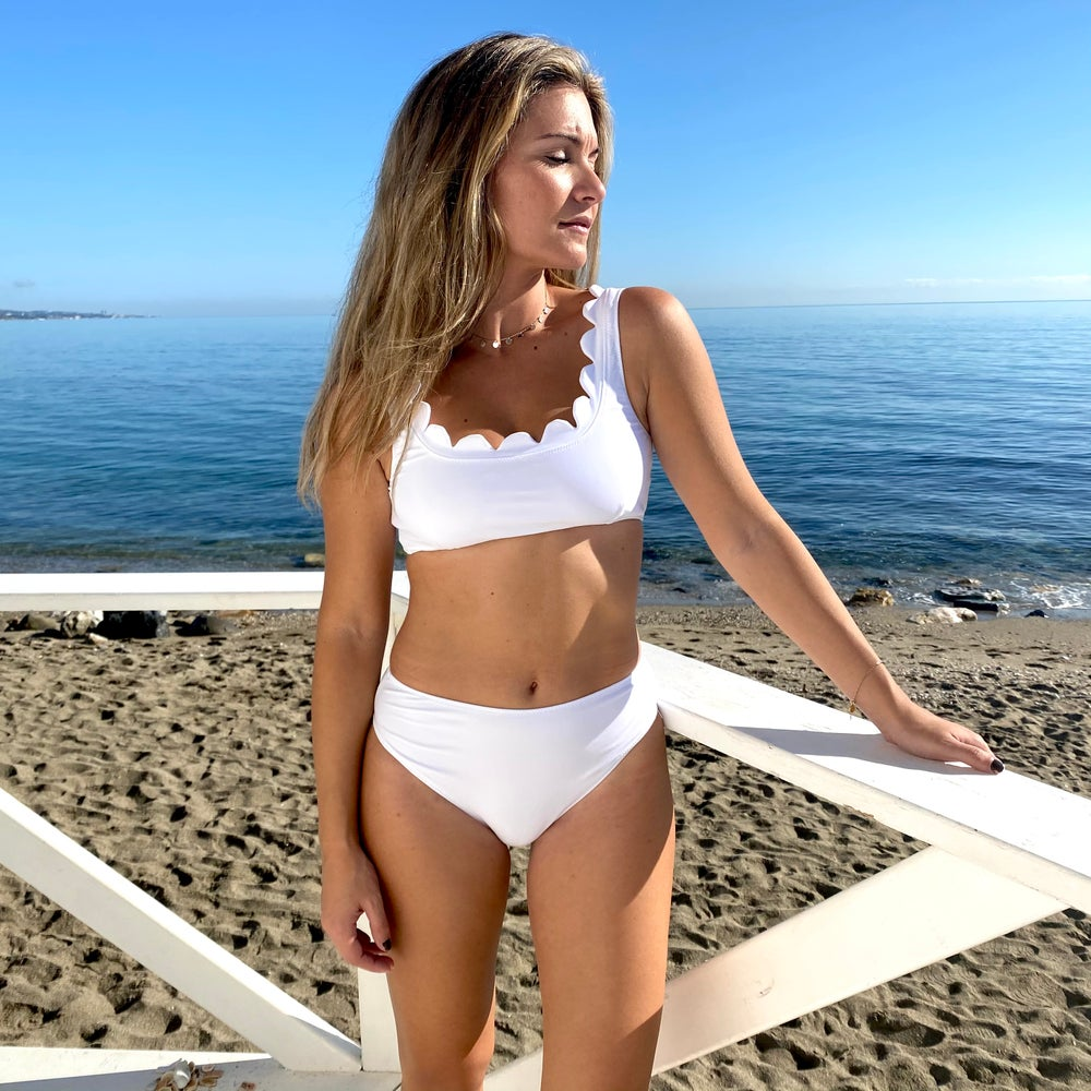 Image of Bikini Flor