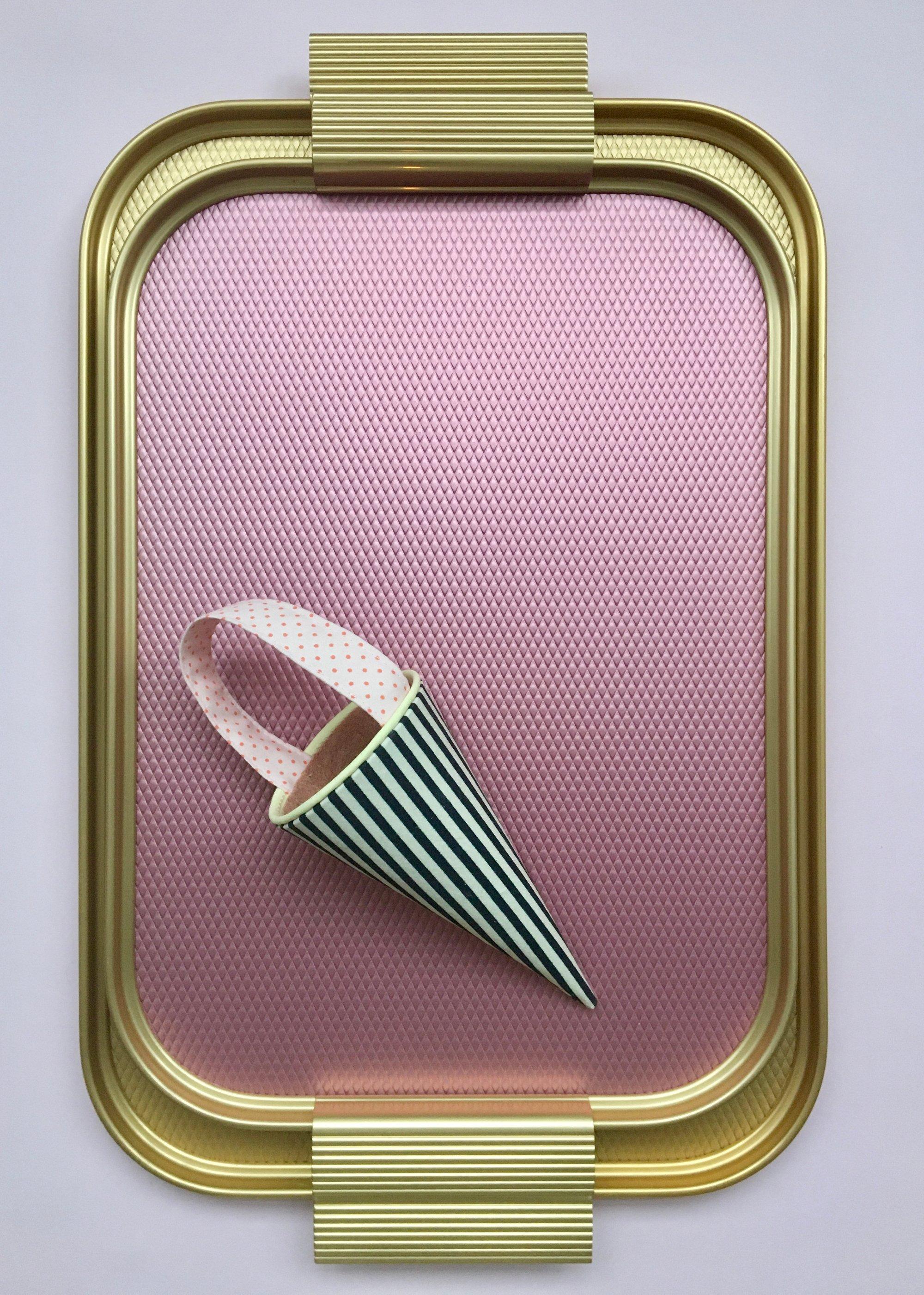 Image of Kaymet Tray Diamond Pink/Gold
