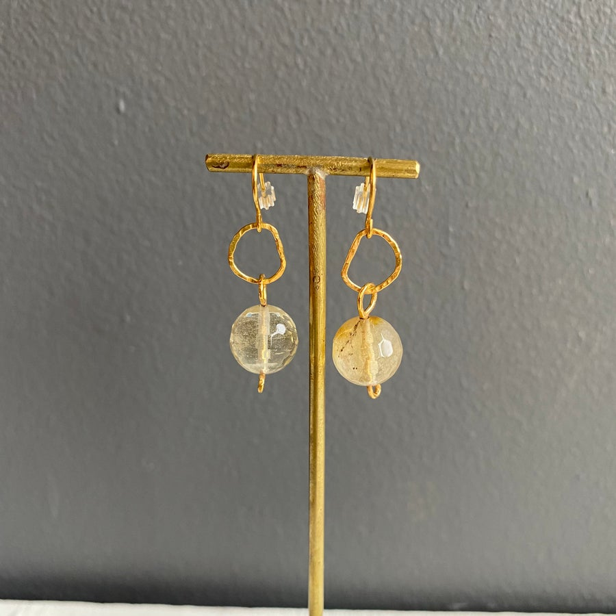Image of Afiok beaded hook earrings - Quartz