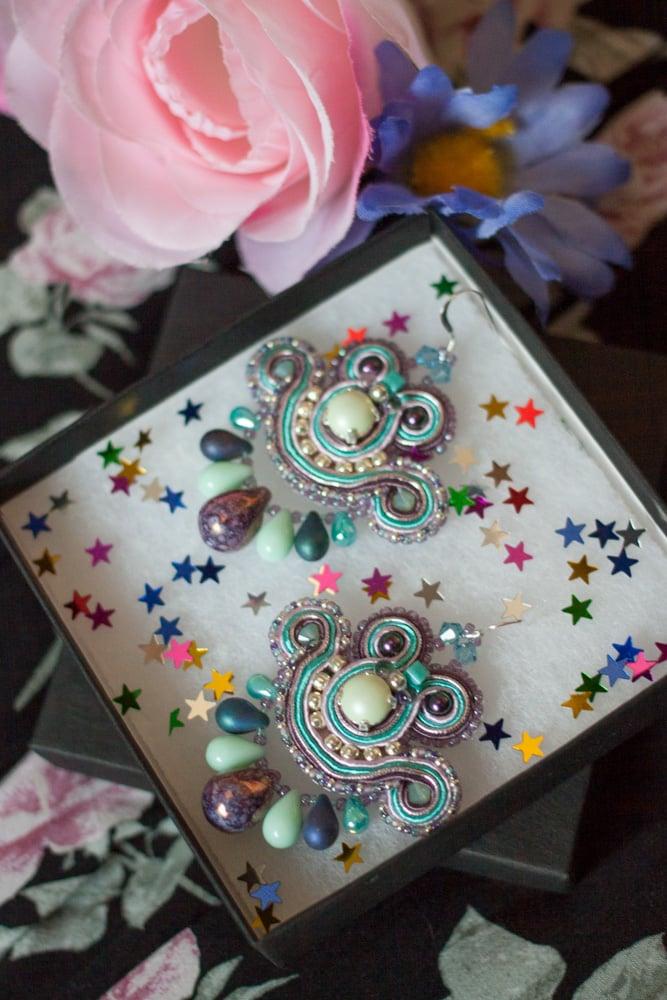 Image of Mini Earrings - Edition Pearl - Mermaiden - Petites boucles brodées