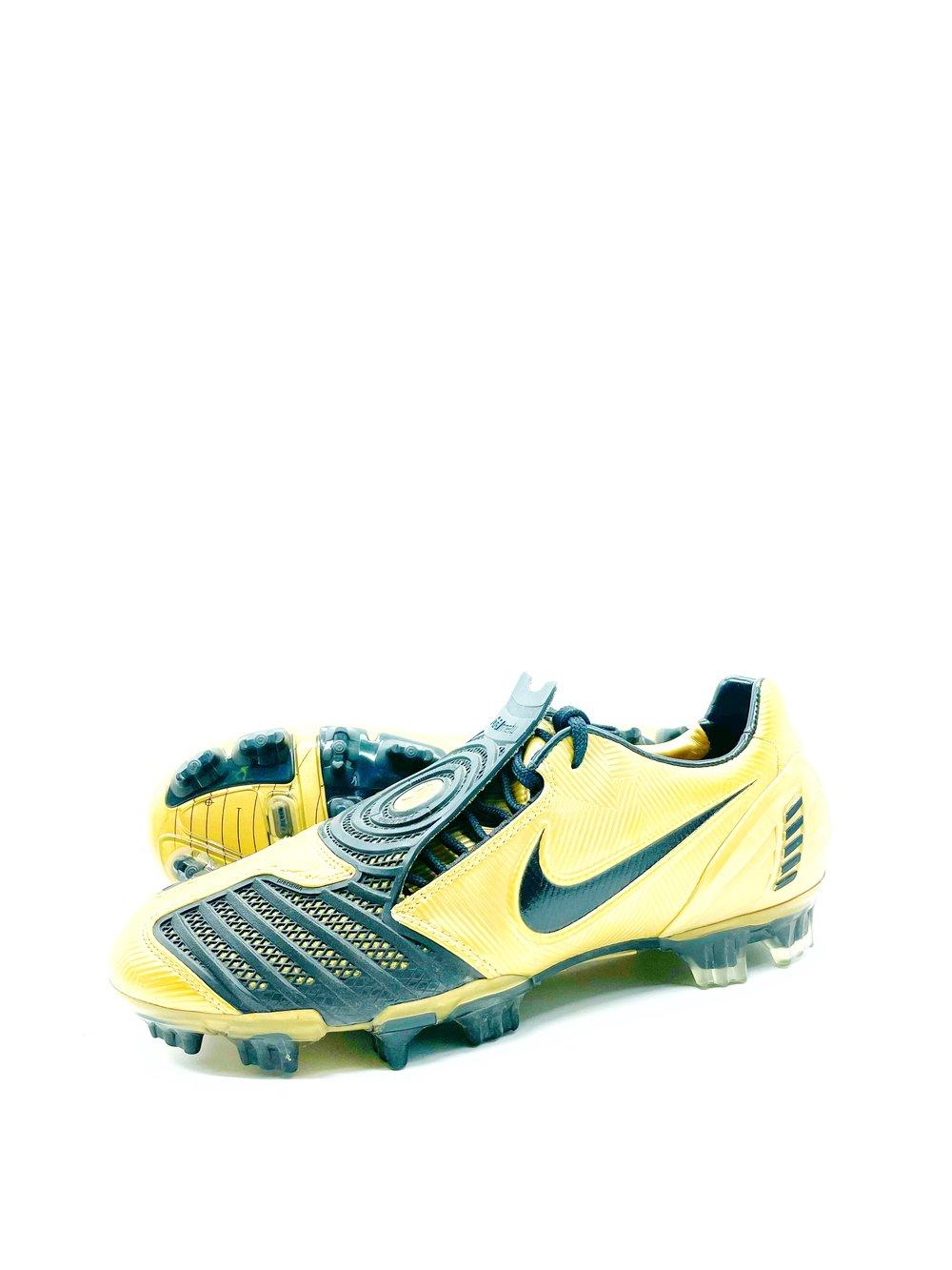 Image of Nike total90  laser FG GOLD