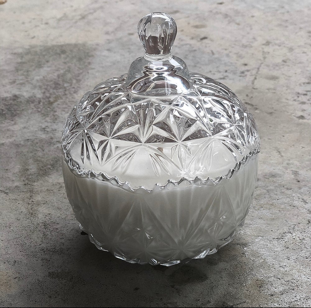 Image of CRYSTAL TRINKET SOY CANDLES