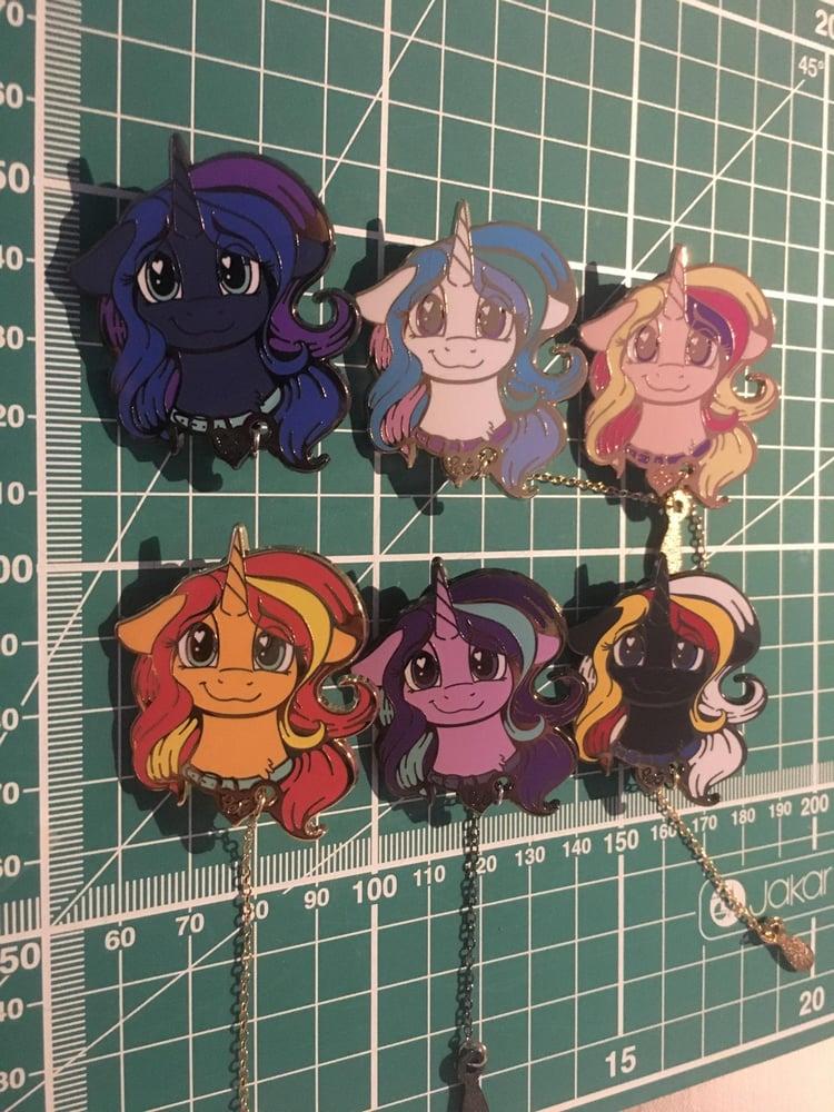 Image of Unicorn / Alicorn Pet Pins