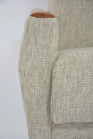 Image of Fauteuils carrés beige et ivoire