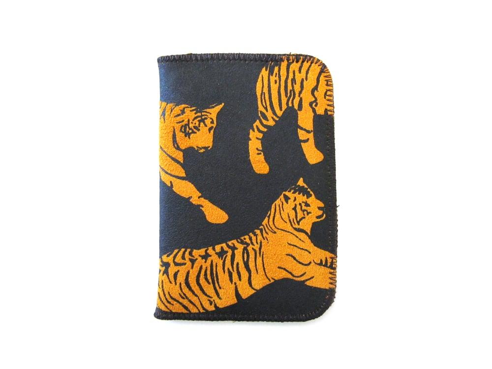 Image of Orange tiger cardholder