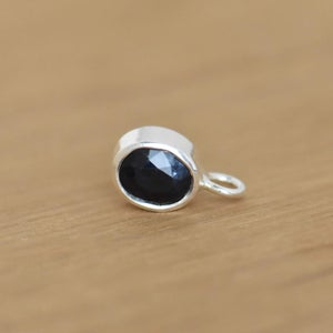 Image of Natural Dark Blue Sapphire oval cut silver necklace