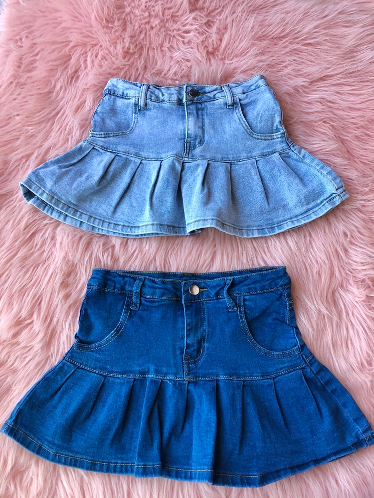 Image of Kiara Pleated Jean Skirt
