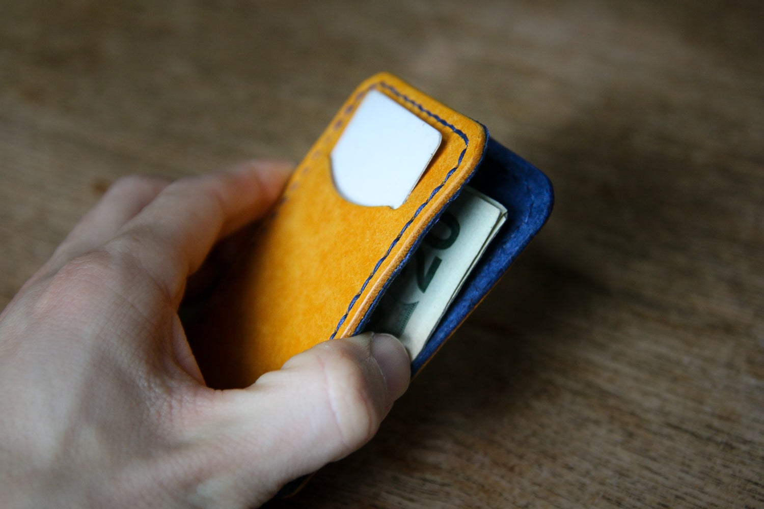 Image of The Essentialist Wallet