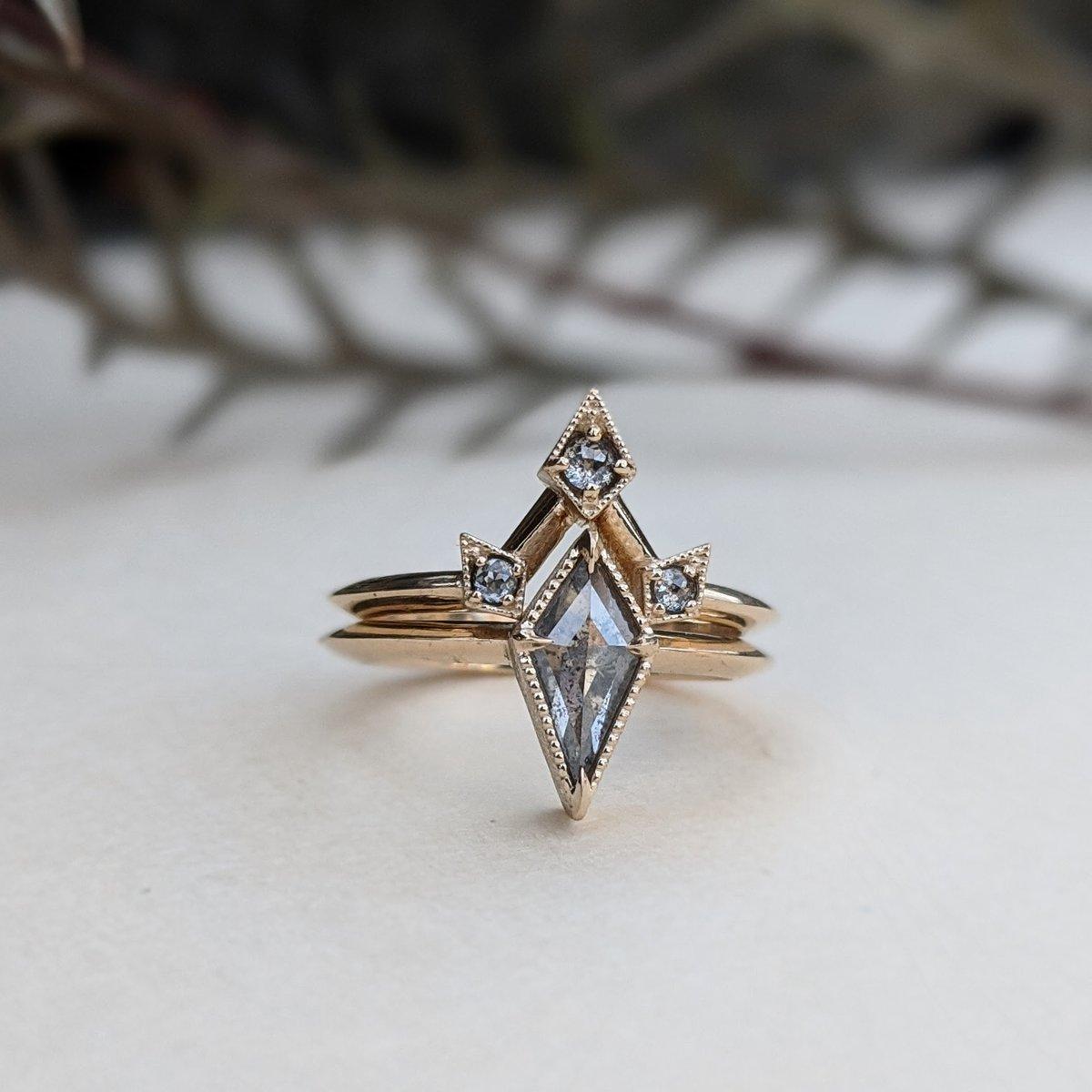 Image of Elara Ring Set