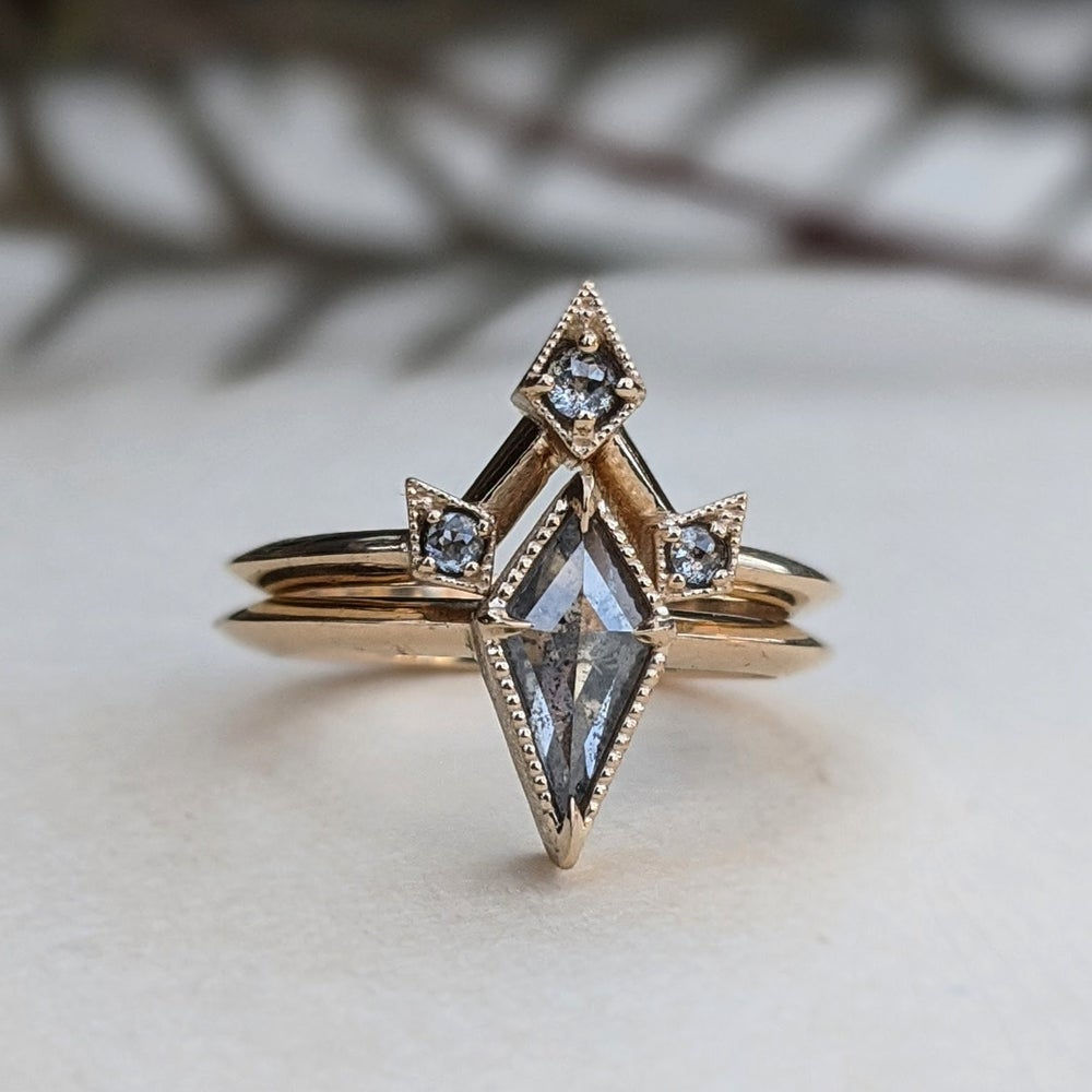 Image of Elara Ring Set