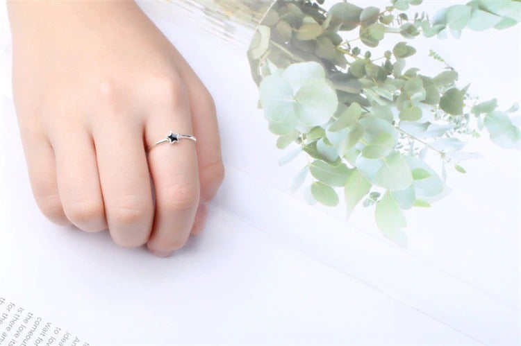 Tiny Blackstar Open Ring (925 Silver)