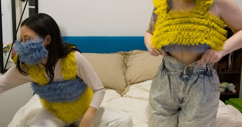 Yellow / blue ruffle top
