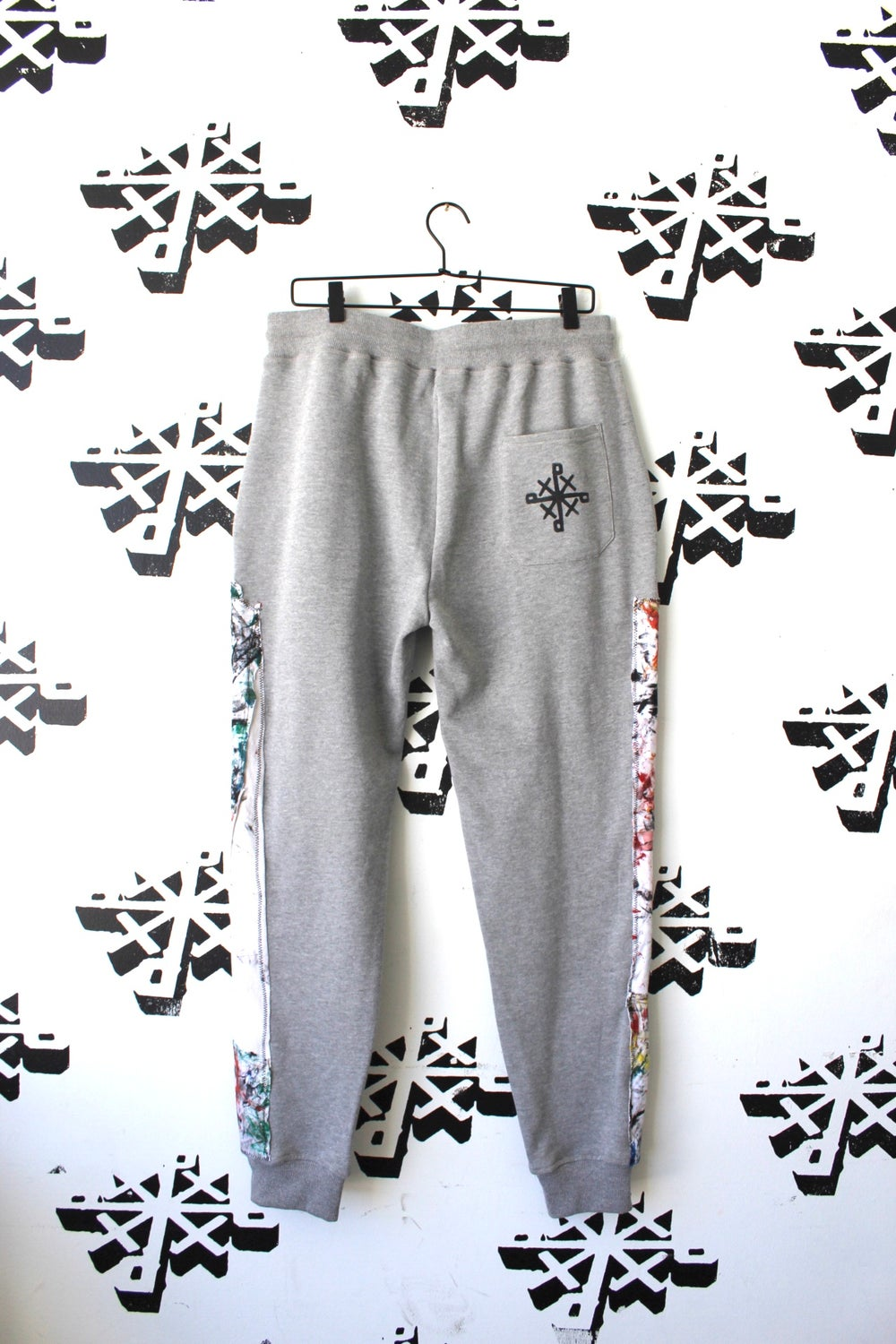 clean up nice sweatpants in gray