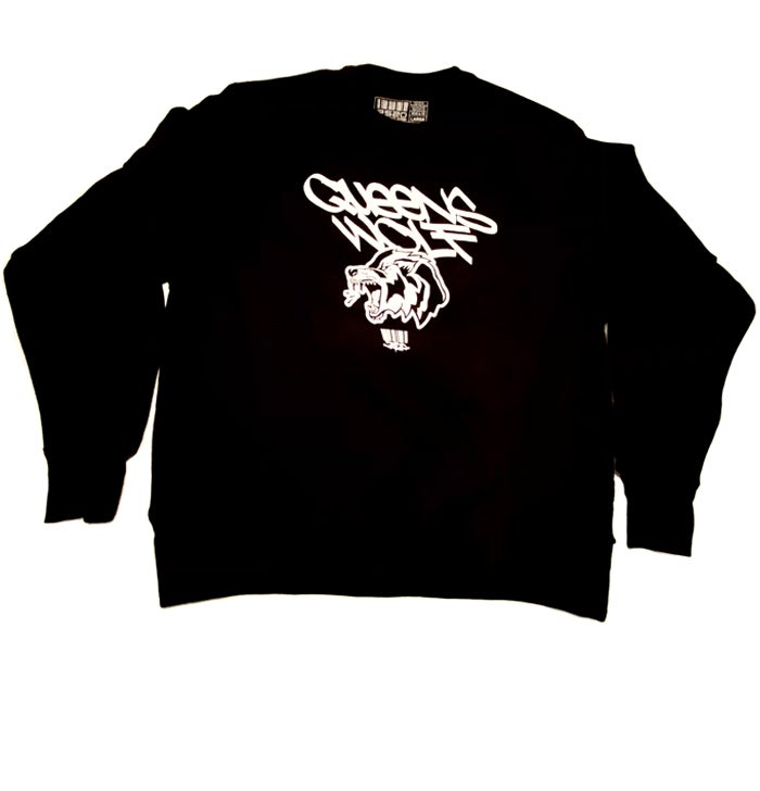 "Image of 2520 X CHAMPION ""QUEENS WOLF"" SWEATSHIRT - BLACK"