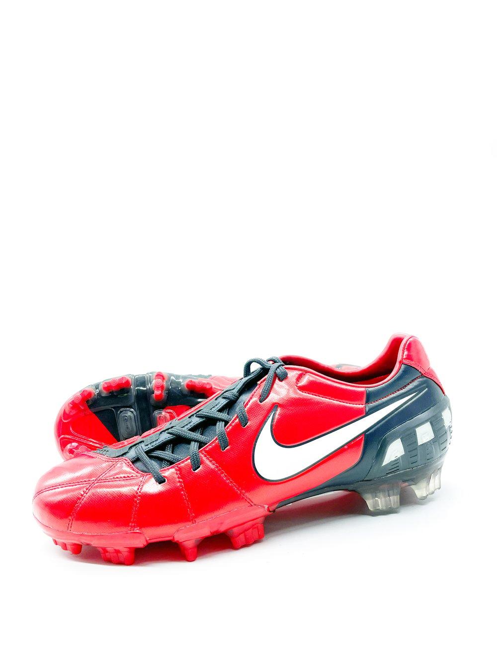 Image of Nike total90 laser red