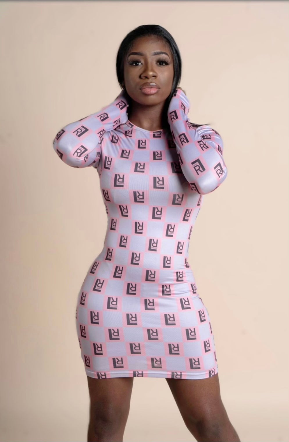 Cali Girl Dress with thumb holes