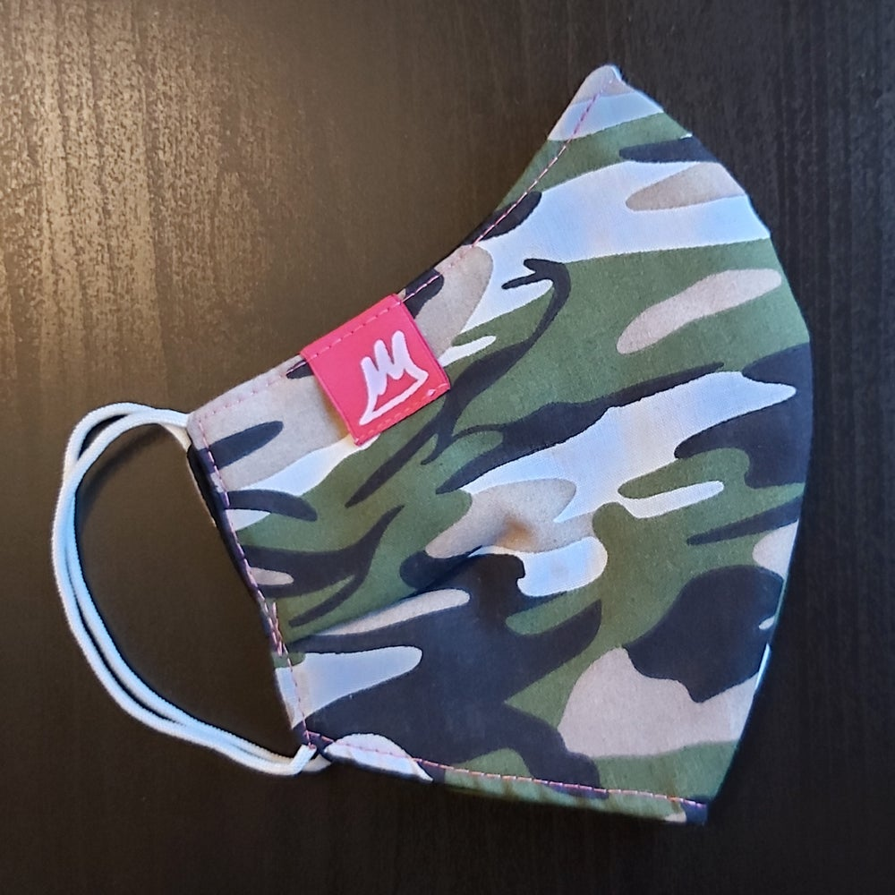 Image of Green Camo Face Masks / Pink Labels