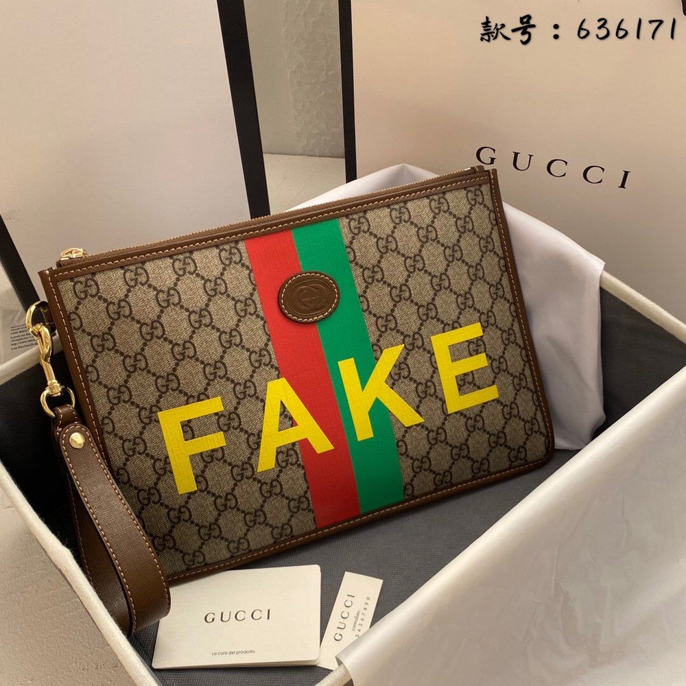 Image of !HOLIDAY ITEM! GG Fake Clutch