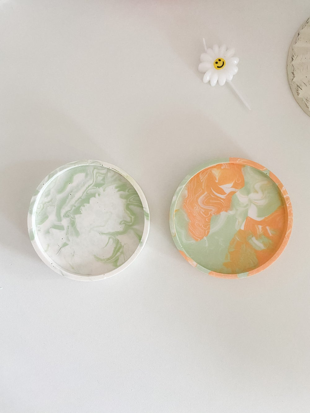 TO DYE FOR coaster/tray